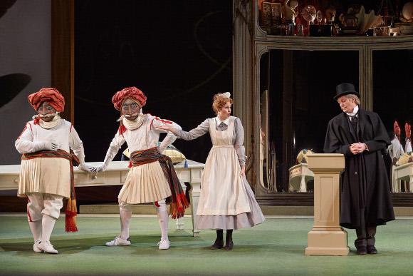 0441 - Act 1 Ferrando, Guglielmo, Despina and Don Alfonso