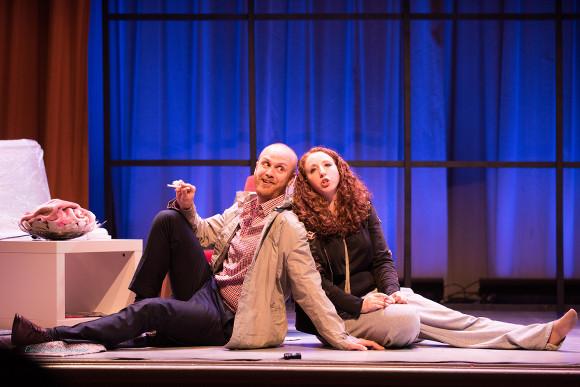 Geoff Sirett and Rachel Krehm in Il segreto di Susanna