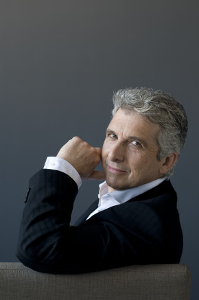 tso-music-director-peter-oundjian-photo-credit-sian-richards