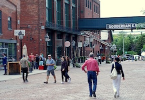 Toronto - Distillery District Trinity Street