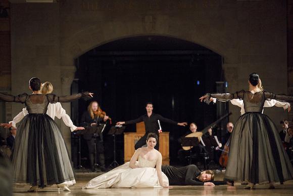 6.Artists-Of-Atelier-Ballet_Mireille-Asselin_JesseBlumberg_MembersOfTafelmusic_Photo-Bruce-Zinger